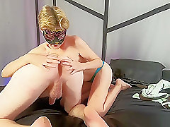 BULLDOG SEX - amateur couple fucking like a dogs